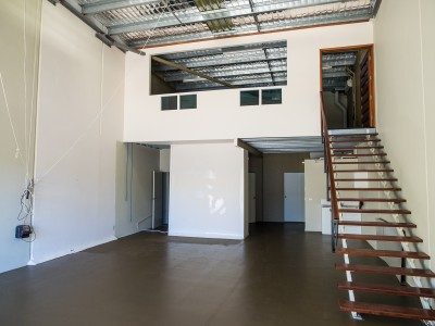 Property in Molendinar - $1,690 + GST p.c.m ( Inclusive of Outgoings)