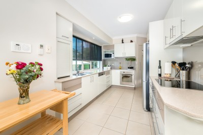 Property in Surfers Paradise - $895,000 Offer's above