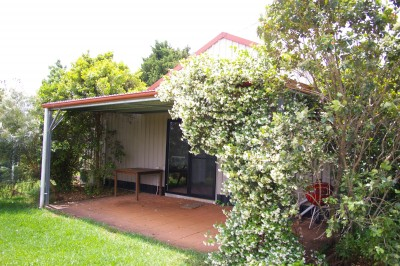 Property in Maleny - $330per week plus $30p/w for electricity & water