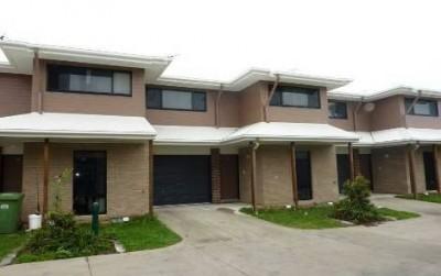 Property in Blacks Beach - $220.00 WEEKLY