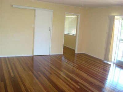 Property in Wynnum West - $420.00 Weekly
