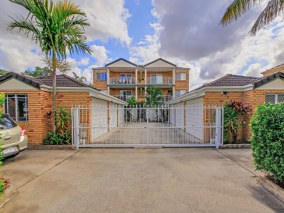 Property in Ascot - Sold for $452,000