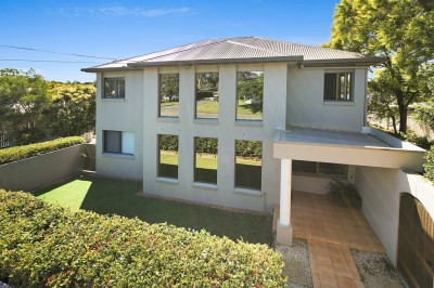 Property in Wynnum West - $635,000