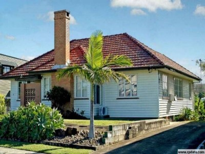 Property in Manly - $ 420 Weekly