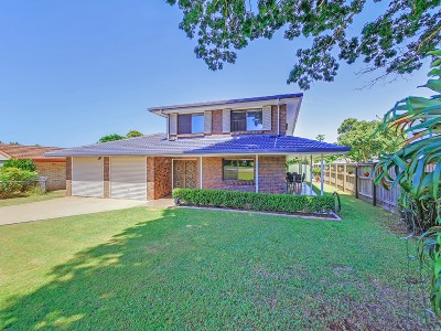 Property in Manly West - Submit All Offers
