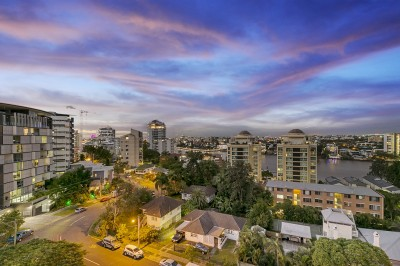 Property in Kangaroo Point - Auction - Motivated Seller