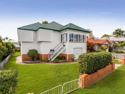 Property in Manly West - Tender.