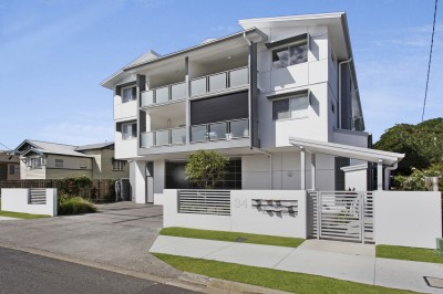 Property in Wynnum - FOR SALE in early $400K