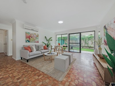 Property in Wynnum - mid 500's