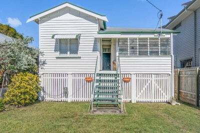 Property in Wynnum - $370 Weekly