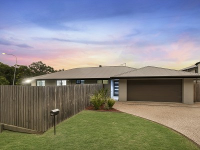 Property in Victoria Point - Offers over $529,000