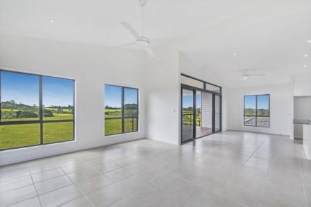 5 Snowwood Avenue, Maleny, QLD 4552