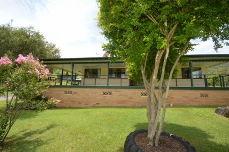922 Eastern Mary River Road, Cambroon, QLD 4552