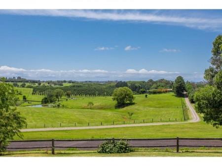 359 Fernleigh Road, Fernleigh, NSW 2479