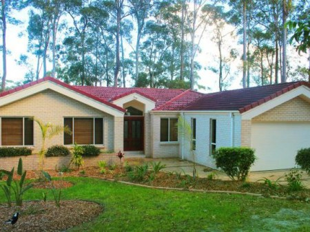 6 Hilltop Parkway, Tallwoods Village, NSW 2430