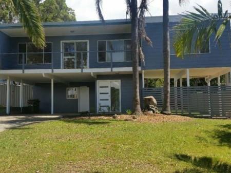 13 Escapade Avenue, Diamond Beach, NSW 2430