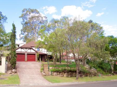 30 Nankoor St, Chapel Hill, QLD 4069