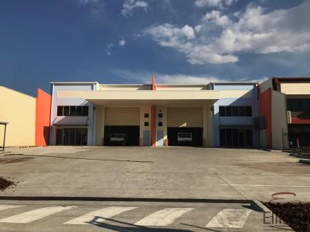 11 Ellerslie Road, Meadowbrook, QLD 4131
