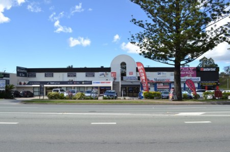 131-135 Old Pacific Highway, Oxenford, QLD 4210