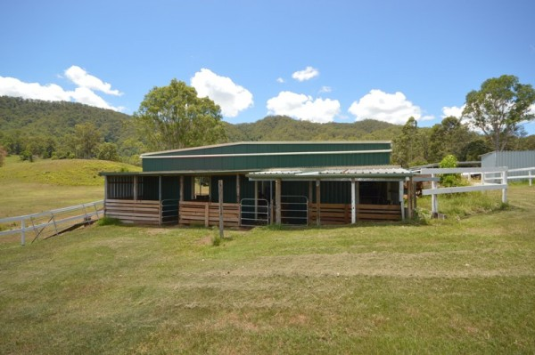 682 Eastern Mary River Road, Cambroon, QLD 4552