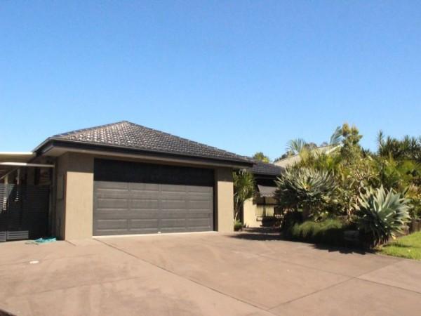 4 Meers Drive, Black Head, NSW 2430