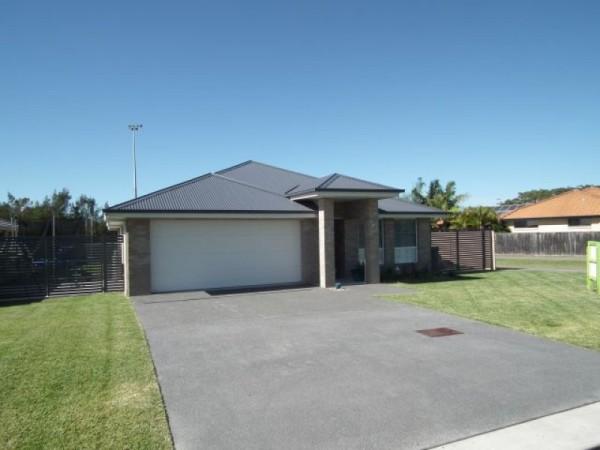 31 James Foster Drive, Hallidays Point, NSW 2430