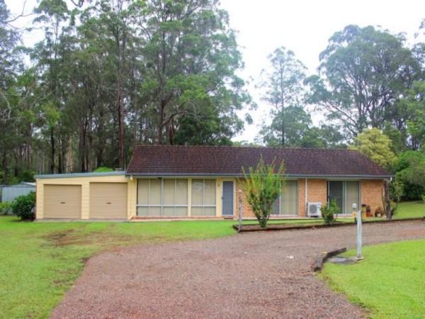 21 Woodlands Drive, Hallidays Point, NSW 2430