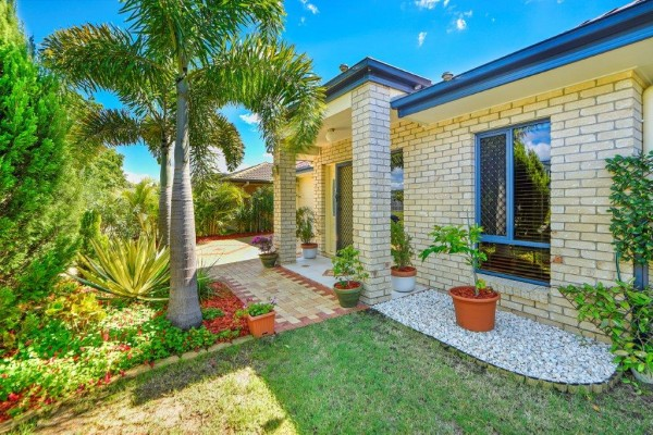 24 Aviation Avenue, Upper Coomera, QLD 4209