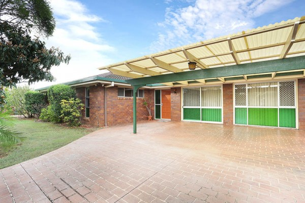16 Petrina Street, Eight Mile Plains, QLD 4113