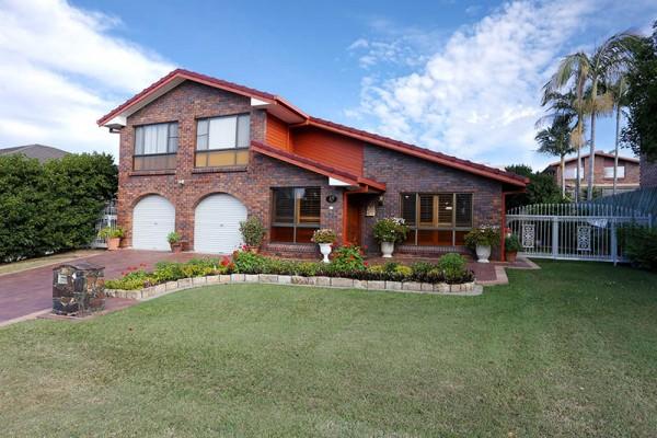15 Peatmoss Street, Sunnybank Hills, QLD 4109