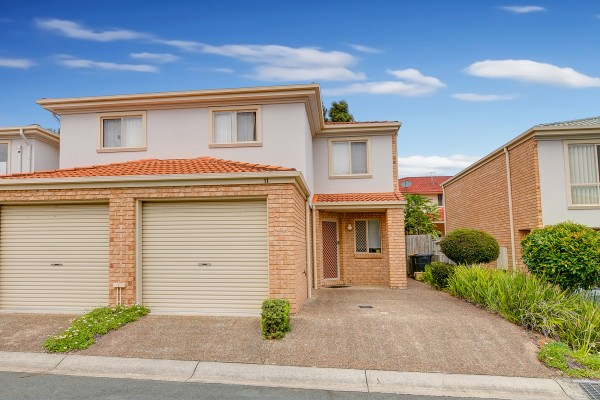 Property in Sunnybank Hills - Sold for $372,000