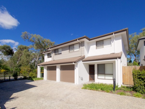 Property in Calamvale - $410 Weekly