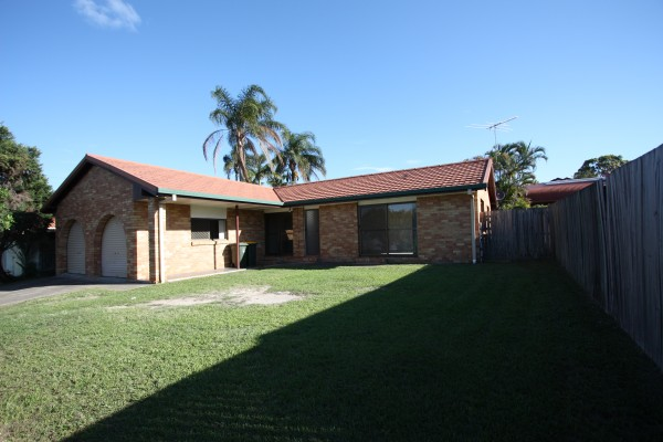 Property in Calamvale - Leased