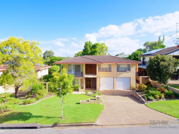 Property in Macgregor - Auction