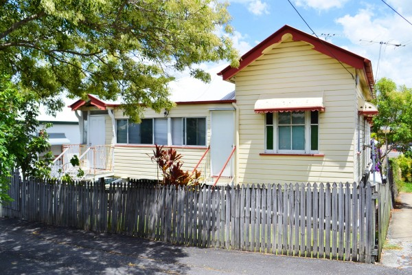 Property in Highgate Hill - Interest Over $850,000