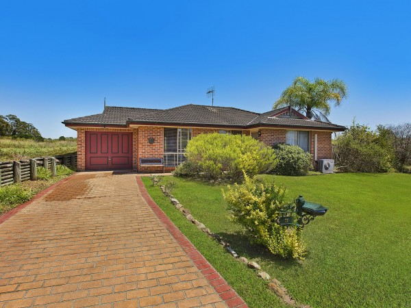 11 Cedarwood Road, Hamlyn Terrace, NSW 2259
