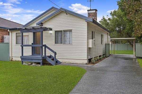 42 Panonia Road, Wyong, NSW 2259