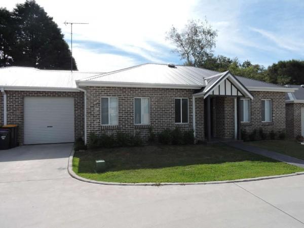 17/ 8  Hawkins Street, Moss Vale, NSW 2577