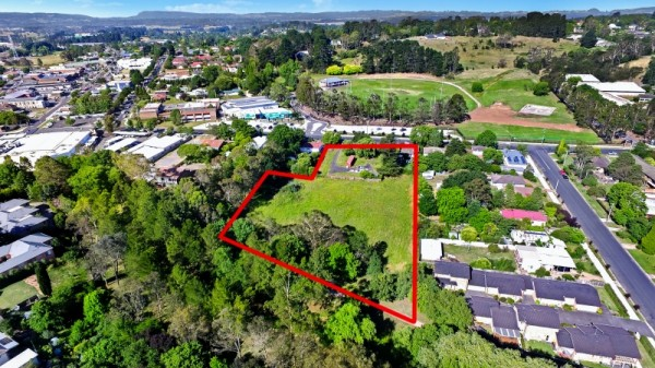 33-37 Kirkham Strett, Moss Vale, NSW 2577
