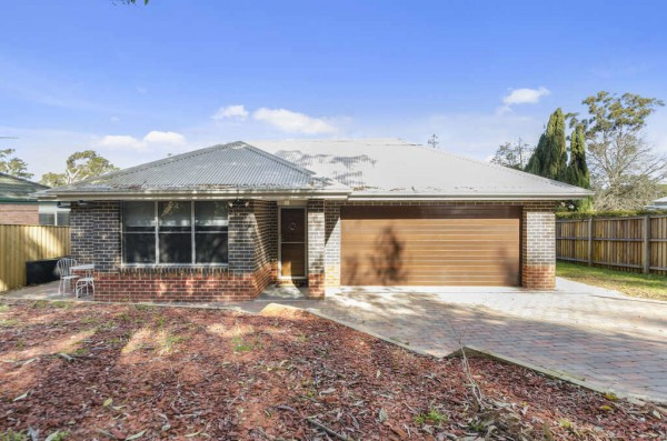 10  Leopold Street, Mittagong, NSW 2575