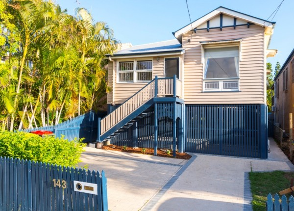 143 Macrossan Ave, Norman Park, QLD 4170