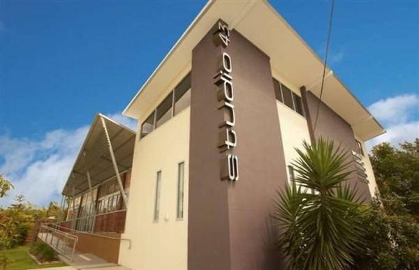 2/43 Vanessa Blvd, Springwood, QLD 4127