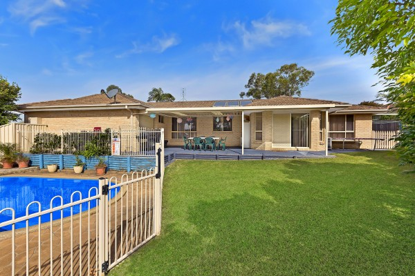 8 Woodside Court, Lake Haven, NSW 2263