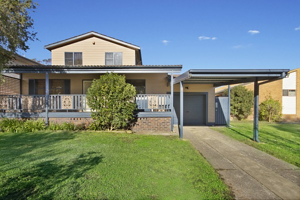 8 Ocean View Road, Gorokan, NSW 2263
