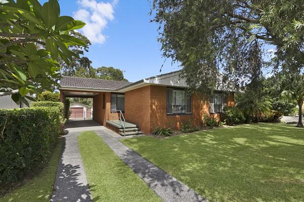 6 Robson Avenue, Gorokan, NSW 2263