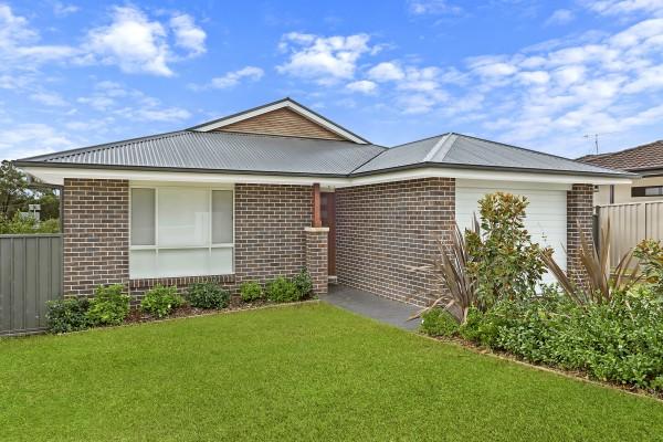 53 Robson Avenue, Gorokan, NSW 2263