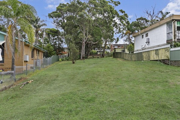 36 Middlesex Avenue, Gorokan, NSW 2263
