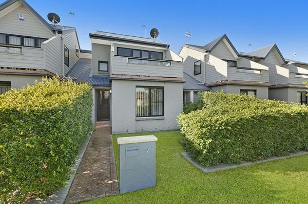 7/17-21 Mary Street, Gorokan, NSW 2263