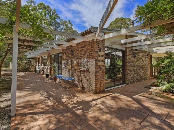 196 Woods Road, Jilliby, NSW 2259