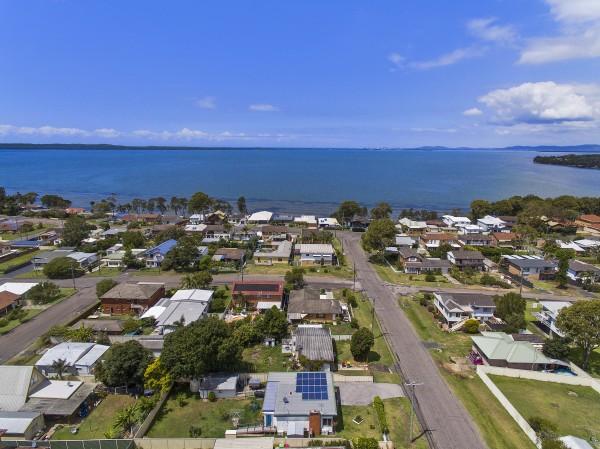1 Jacqueline Avenue, Gorokan, NSW 2263